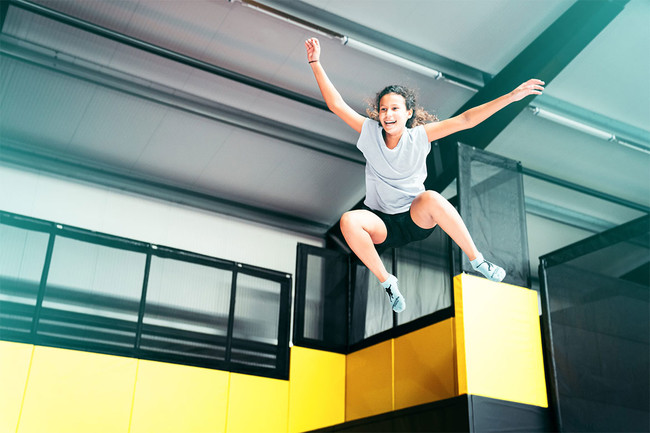 Trampolinpark-Foto-01-The-Wall